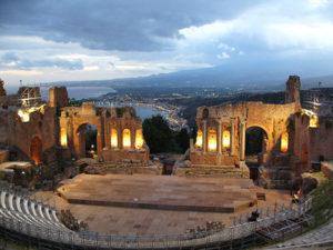 Sicilia, 5 cose da vedere: il Teatro antico di Taormina
